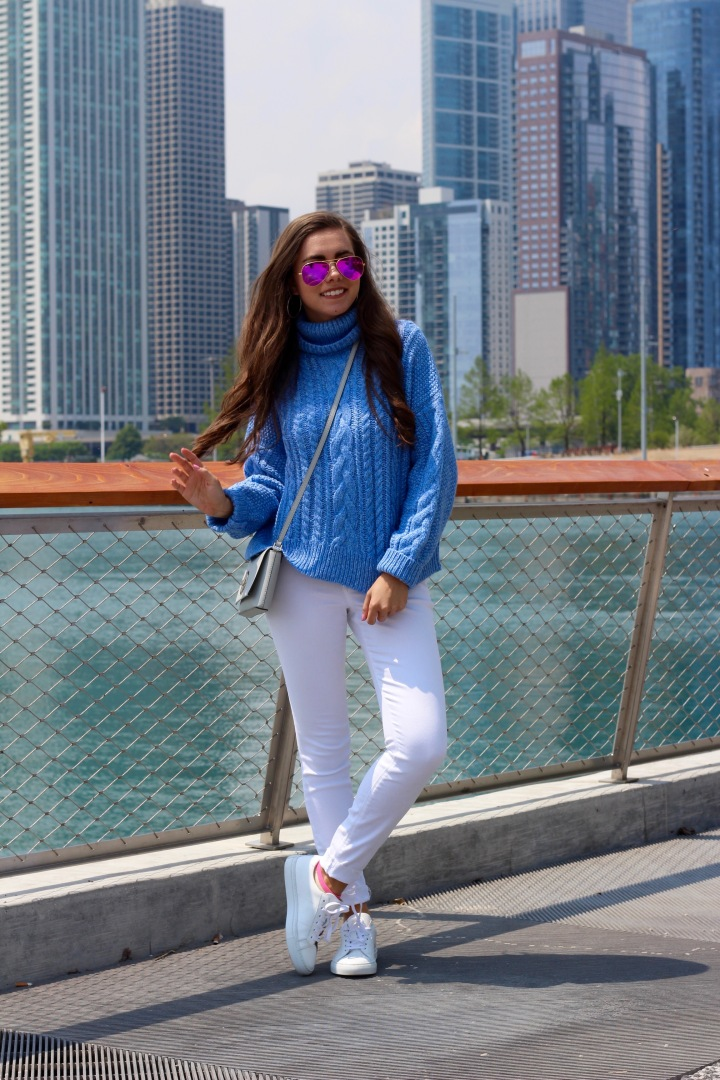 HOW TO: STYLE WHITE SNEAKERS